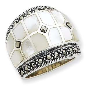 Sterling Silver Marcasite & Mother of Pearl Ring Size 8