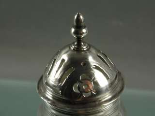 GEORGIAN HALLMARKED SILVER TOP & GLASS SUGAR SHAKER