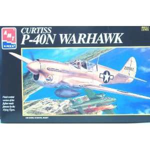 Curtiss P 40N Warhawk Kit by AMT 1:48: Toys & Games