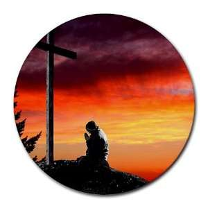 : Man praying at cross christian Round Mousepad Mouse Pad Great Gift