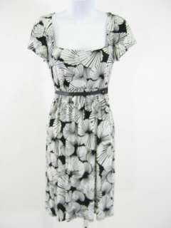 black white print belted dress in a size petite this beautiful dress