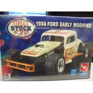 #38531 AMT/Ertl Street,Stock & Strip 1934 Ford Early
