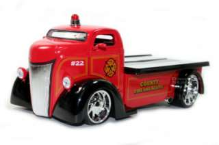 HEAT 1947 FORD COE COUNTY FIRE AND RESCUE TRUCK 1/24