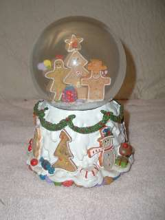 Gingerbread Man/House Christmas Musical Snow Globe Large