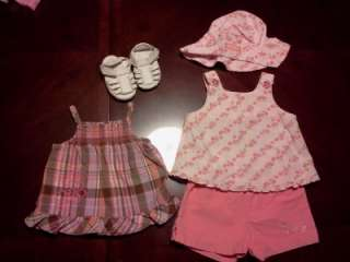 26 piece baby girl 6, 6 9 and 6 12 months Spring/ Summer clothes and