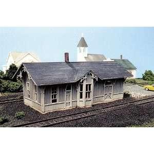 Line HO Scale Laser Cut Chesapeake & Ohio Depot Kit Toys & Games