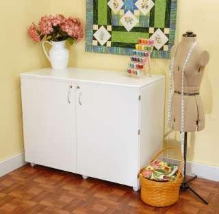 Kangaroo Kabinets Dingo K7911 Sewing Machine Cabinet
