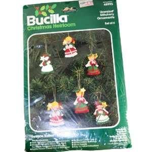 Bucilla 48995 Christmas Heirloom Jeweled Stitchery