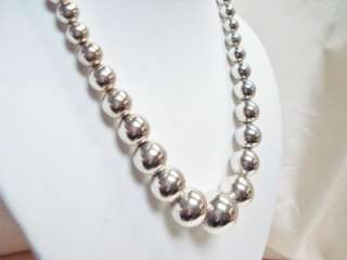 VINTAGE STERLING SILVER GRADUATED BEADS STRAND NECKLACE