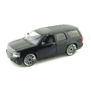 2010 Chevy Tahoe LOPRO 1/24 Black w/Extra Rims Toys & Games