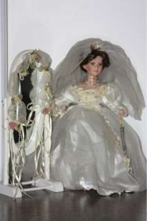 GEPPEDDO PORCELAIN BRIDE BISQUE COLLECTIBLE DOLL